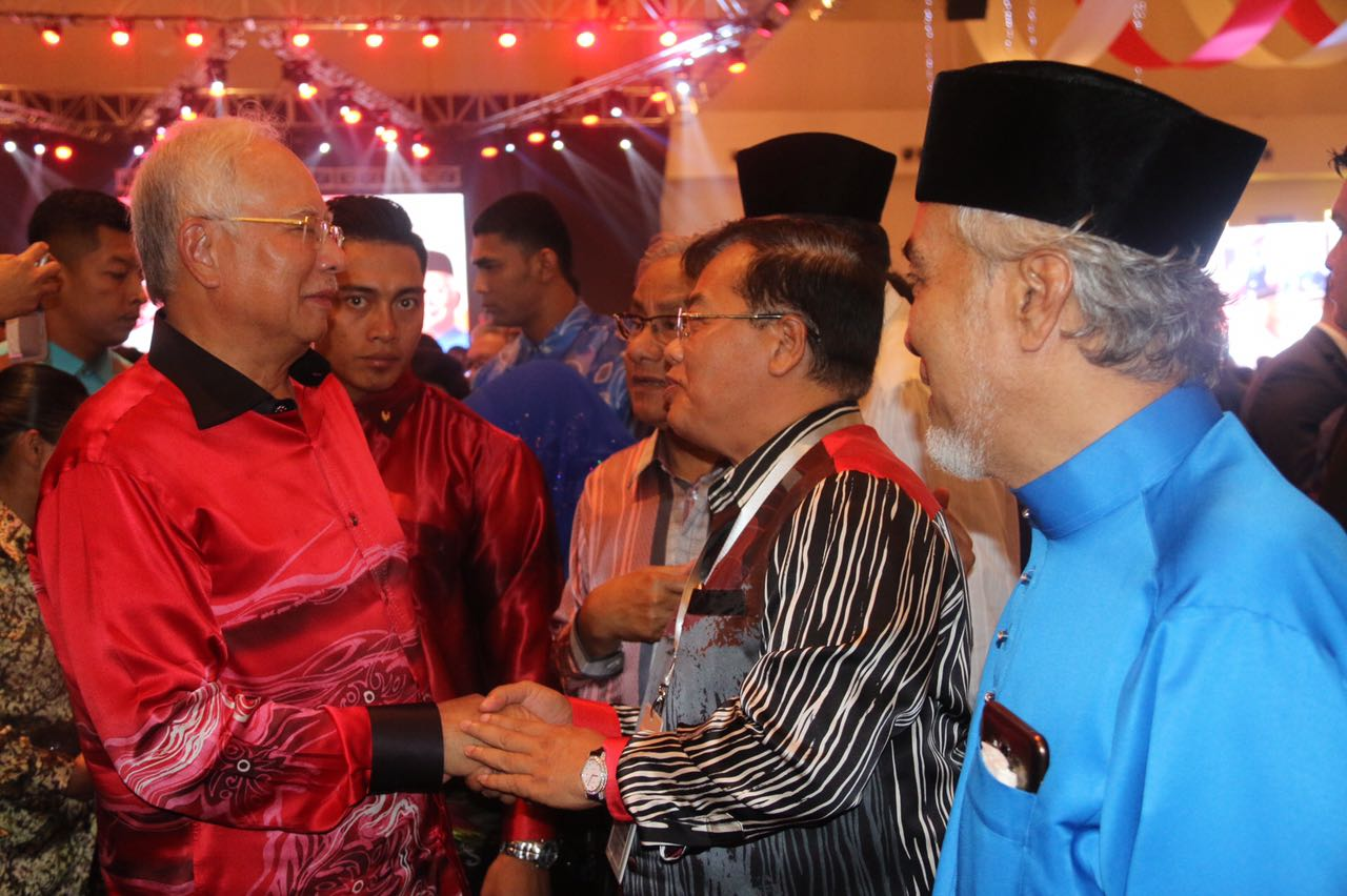 ឯកឧត្តម ឧកញ៉ា អូស្មាន ហាស្សាន់ អញ្ជើញចូលរួមមហាសន្និបាត ប្រចាំឆ្នាំទូទាំងប្រទេស របស់គណបក្សសហព័ន្ធជាតិម៉ាឡេសស៊ី UMNO